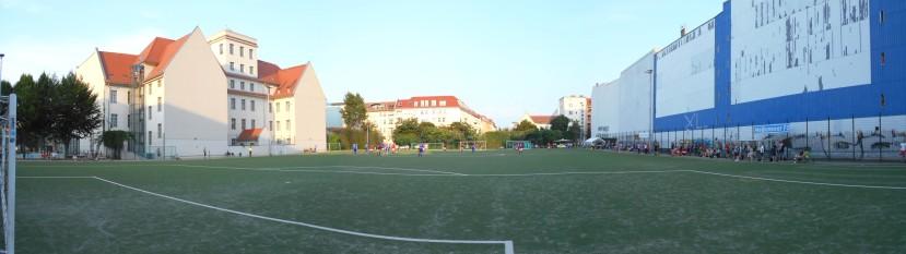2018-08-01_Tesch-Sportplatz_(c)_Reisegruppe-Fußballsport